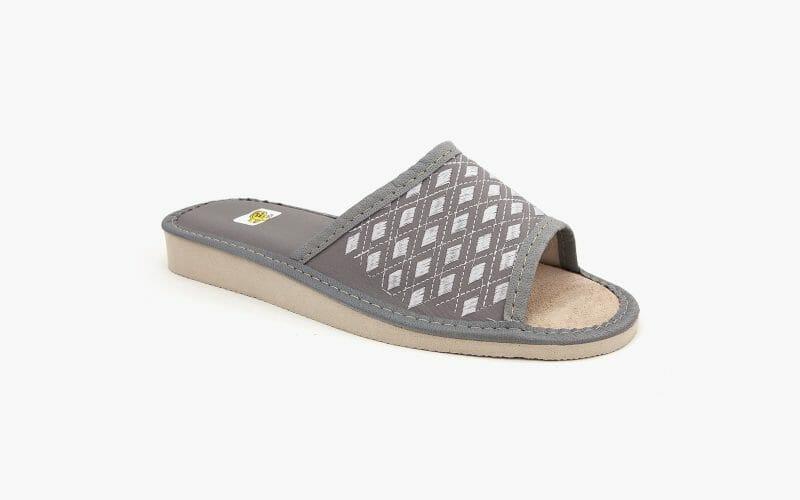 Pantofel damski nr kat. 955 - sprzedaż hurtowa